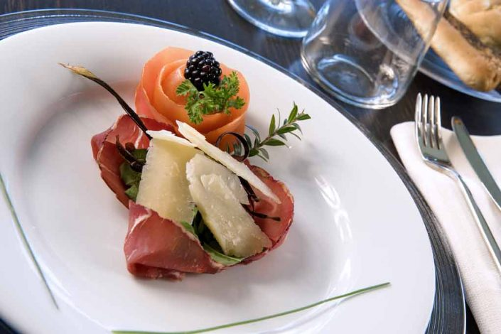 Restaurant and food service - 4-star Hotel Milan