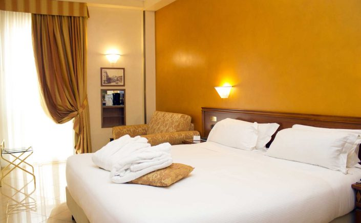 Superior Room - Hotel Galles Milan Centre
