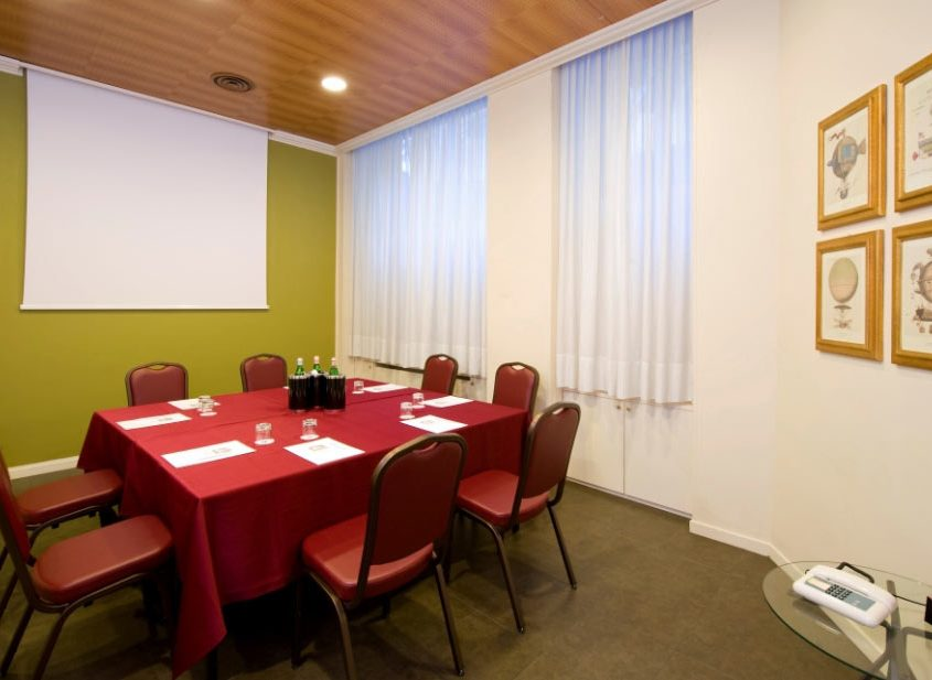 Sala Firenze - Organizza il tuo meeting all'Hotel Galles!