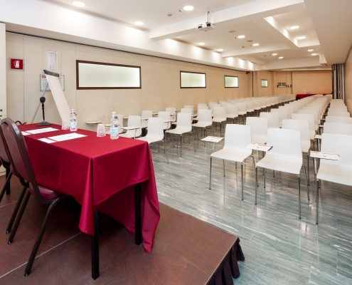 Sala Plenaria Meeting Hotel Galles Milano