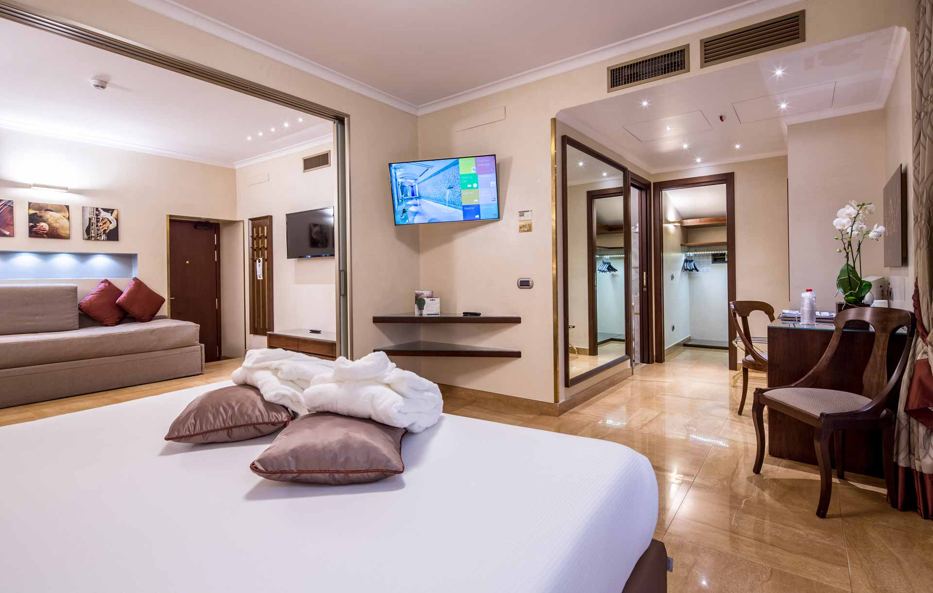 The Place Luxury Double Room Milan