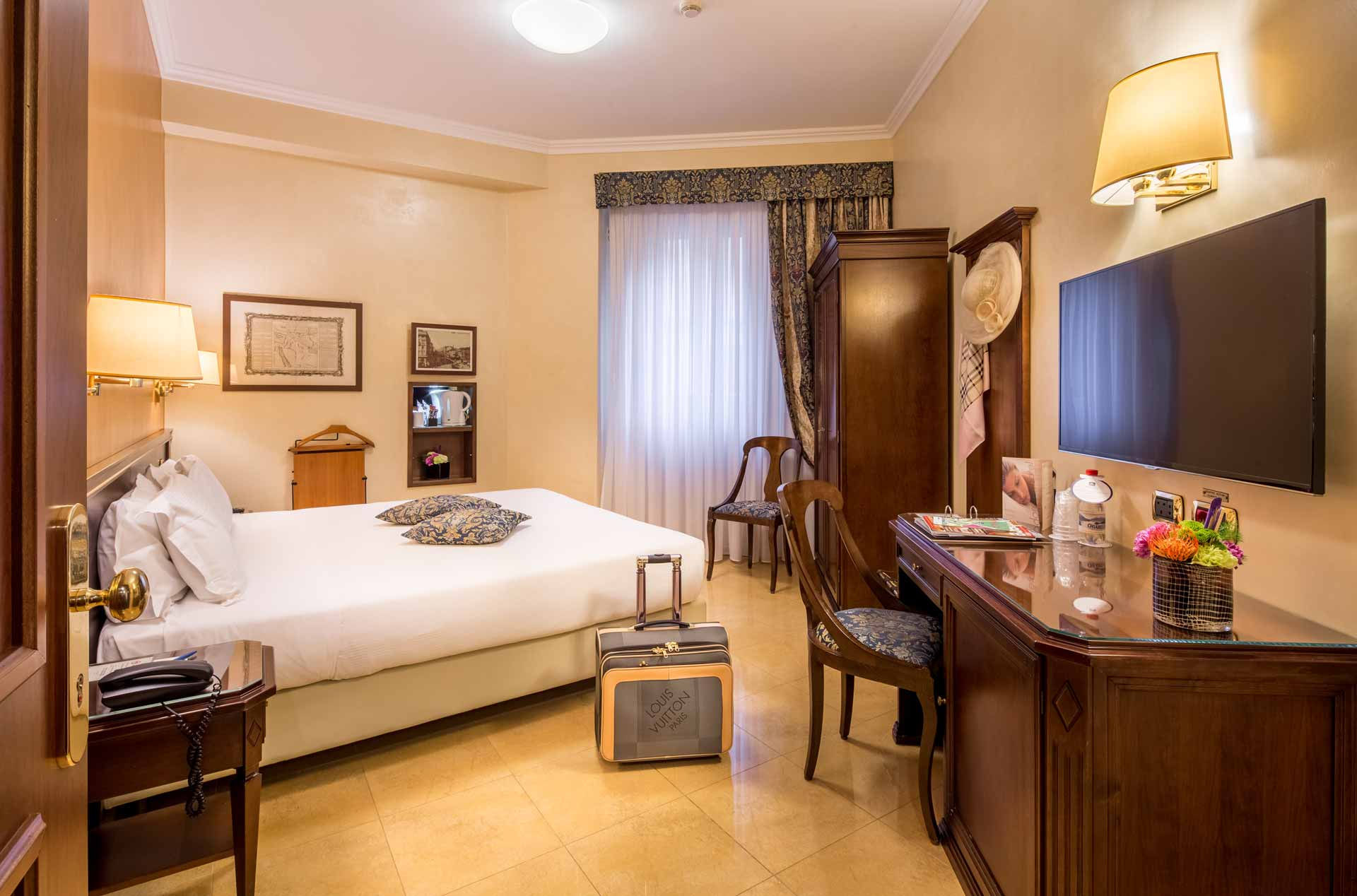 Camere classic hotel galles best western plus milano - Hotel con camere a tema milano ...