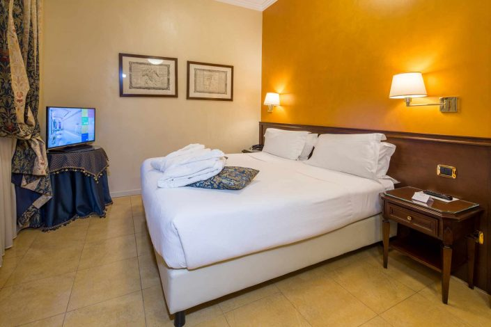 Family Room - 4-star Hotel Milan Centre