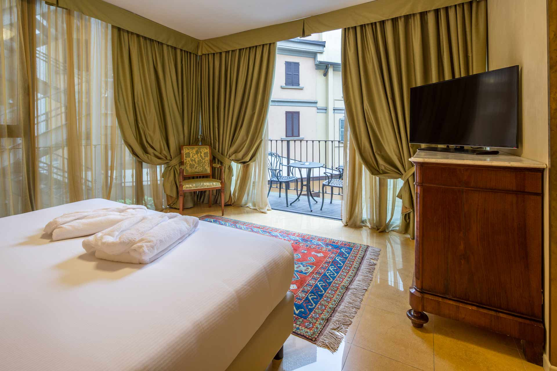 Camere family hotel galles best western plus milano 4 stelle - Hotel con camere a tema milano ...