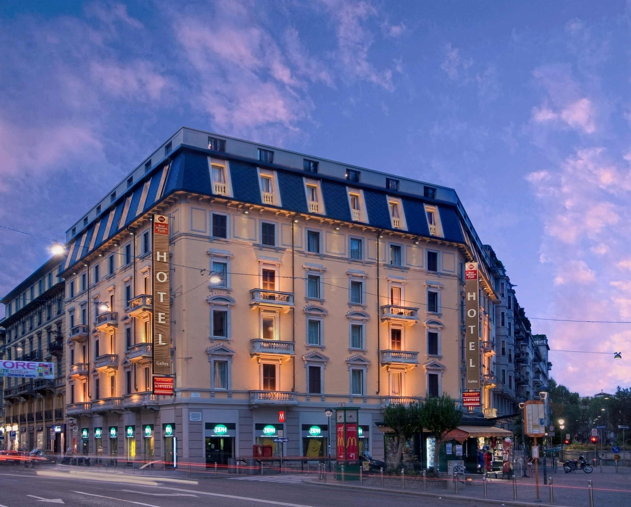 hotel milan 4 star close to central station hotel galles
